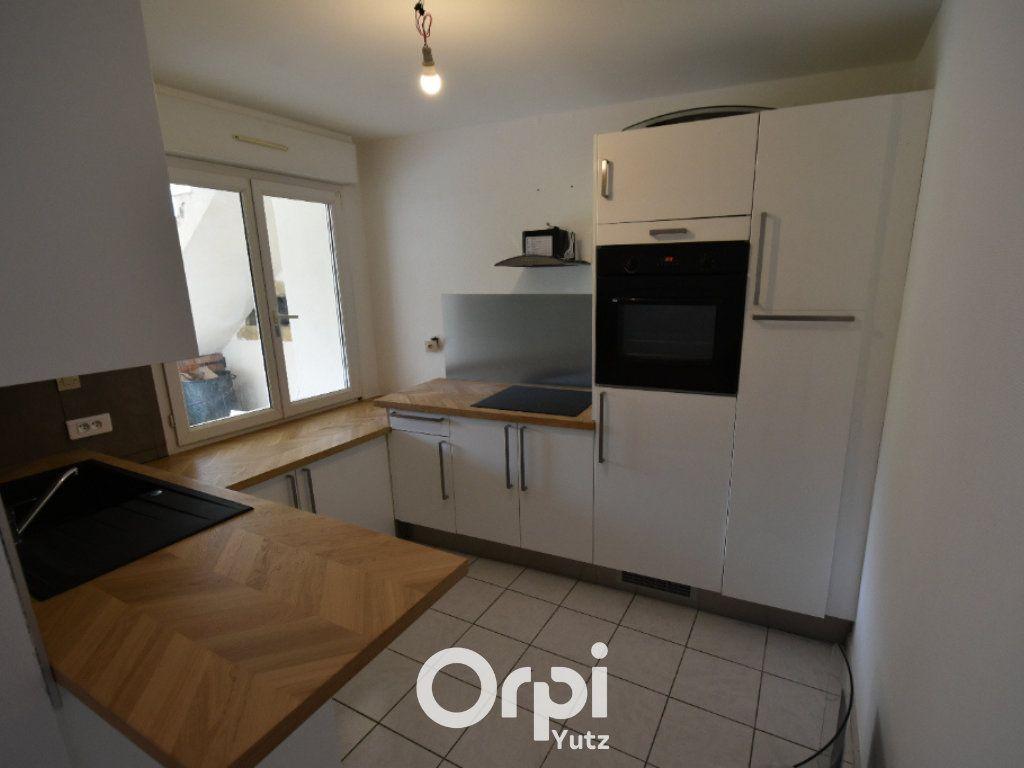 Appartement à louer 3 62.12m2 à Thionville vignette-3