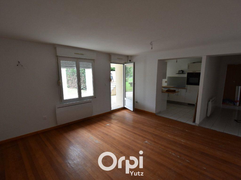Appartement à louer 3 62.12m2 à Thionville vignette-4