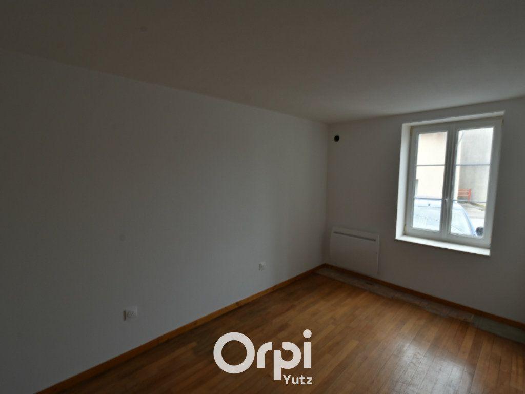 Appartement à louer 3 62.12m2 à Thionville vignette-8