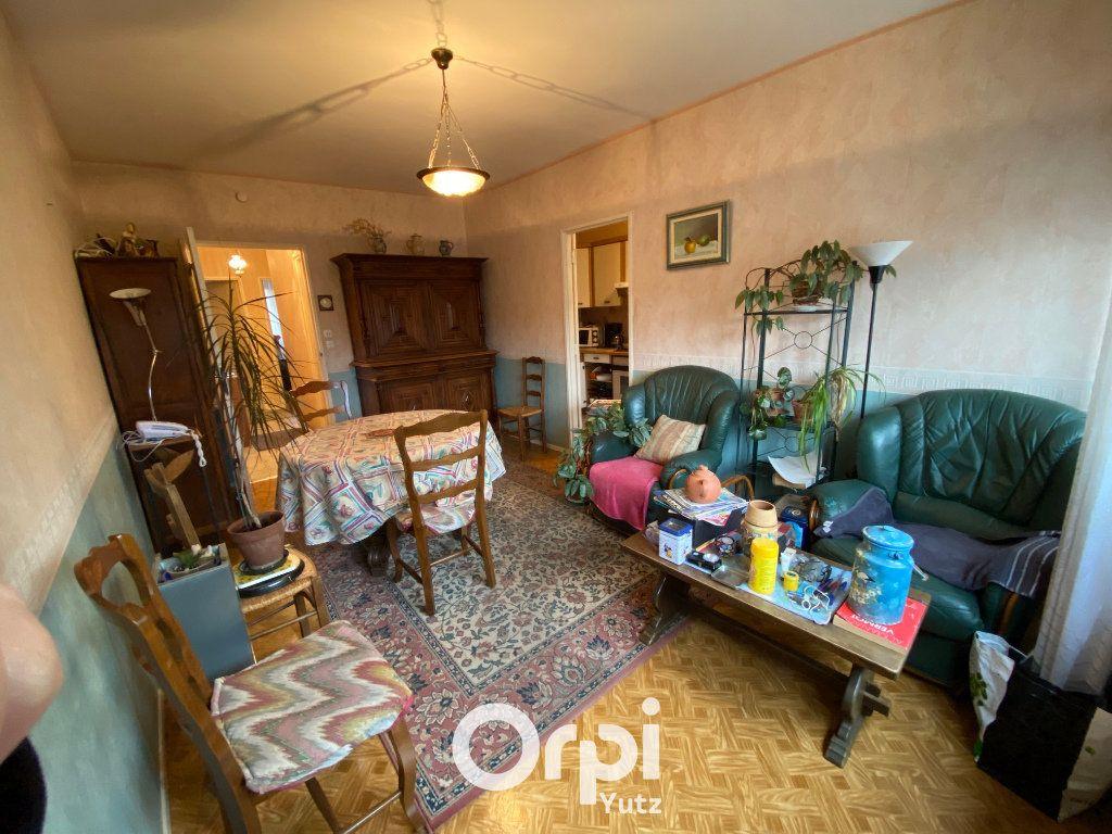 Appartement à vendre 3 58m2 à Thionville vignette-2
