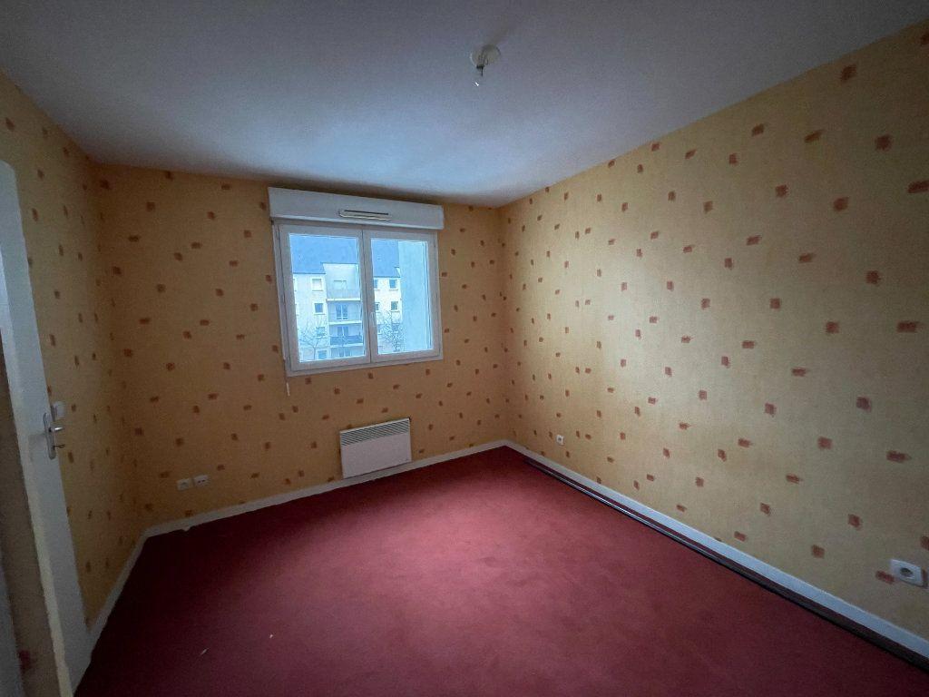 Appartement à louer 3 60.43m2 à Vierzon vignette-6