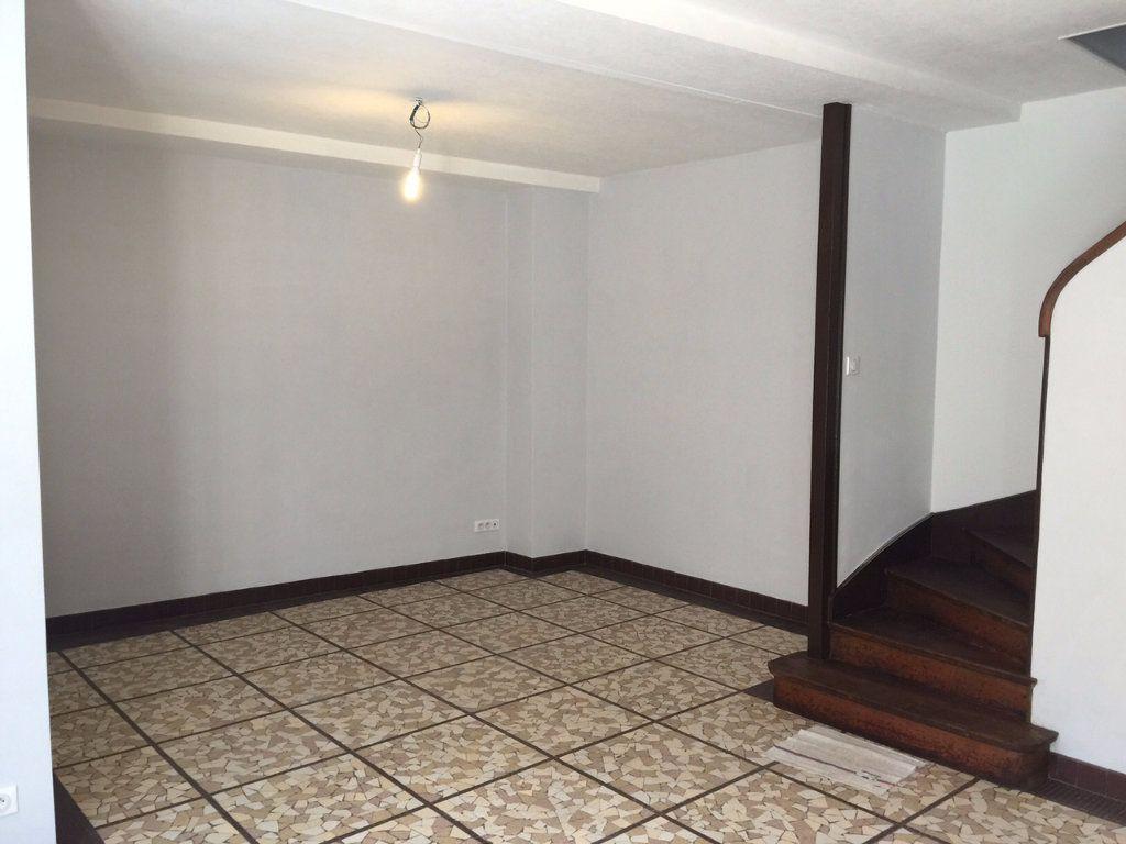 Maison à louer 4 96m2 à Salbris vignette-3