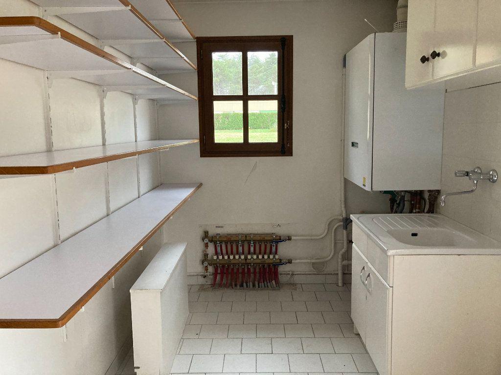 Maison à louer 6 115m2 à Nançay vignette-3