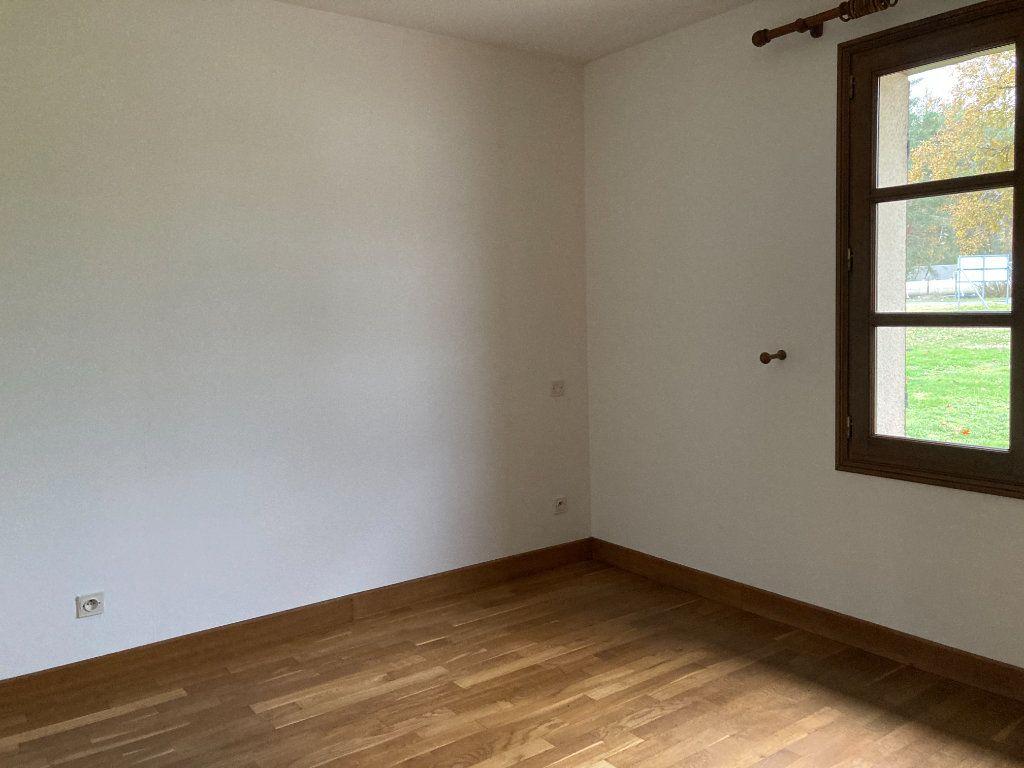 Maison à louer 6 115m2 à Nançay vignette-8