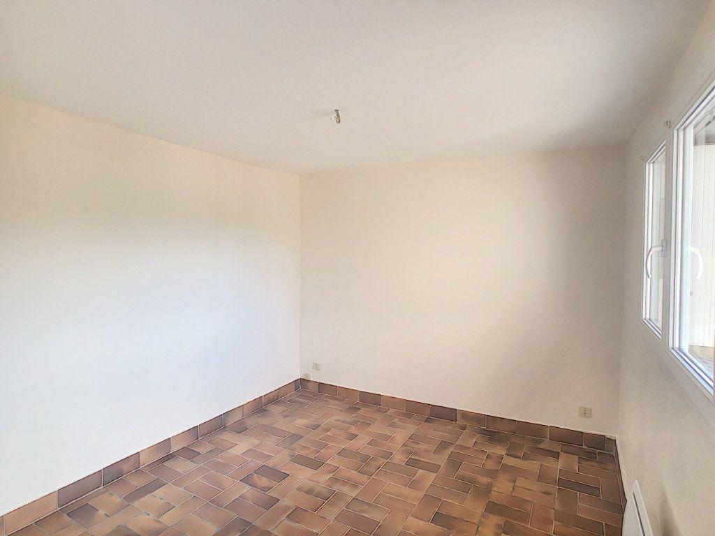 Maison à louer 4 75m2 à La Ferté-Imbault vignette-6