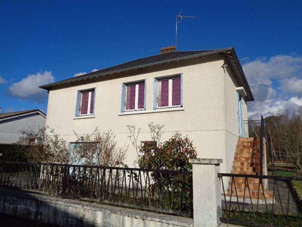 Maison à vendre 4 80m2 à Salbris vignette-2