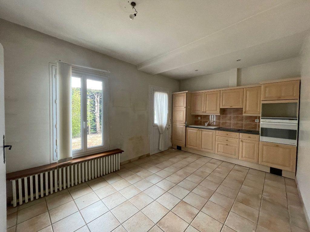 Maison à vendre 5 124m2 à Salbris vignette-4