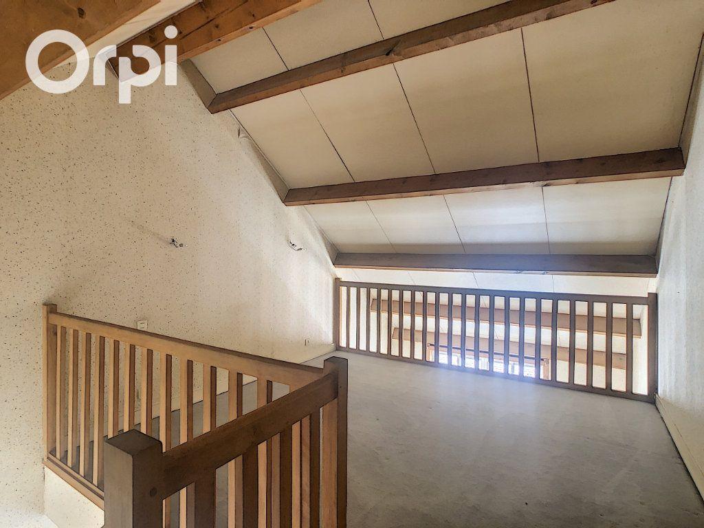 Appartement à vendre 2 54.89m2 à Salbris vignette-3