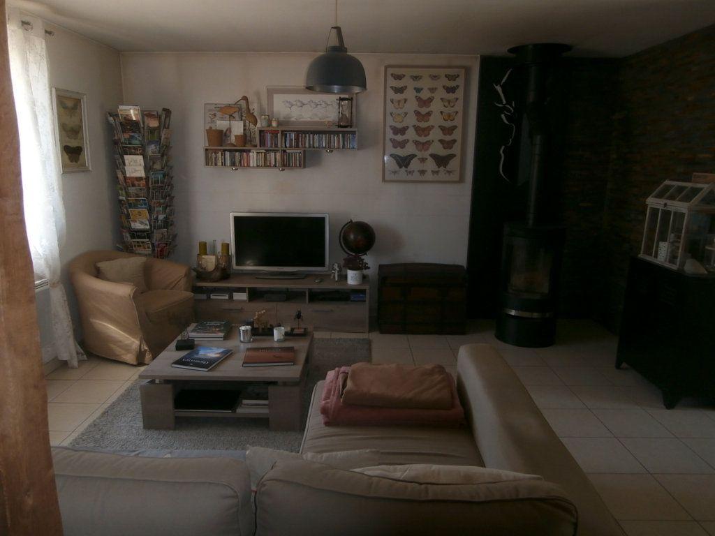 Maison à vendre 3 79m2 à La Ferté-Beauharnais vignette-4