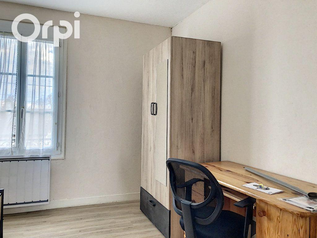 Appartement à louer 1 26.58m2 à Salbris vignette-3