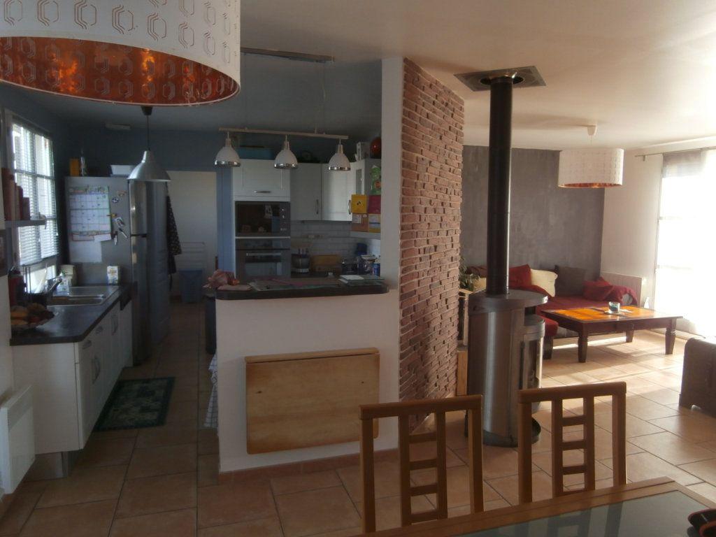 Maison à vendre 5 137m2 à Bauzy vignette-4