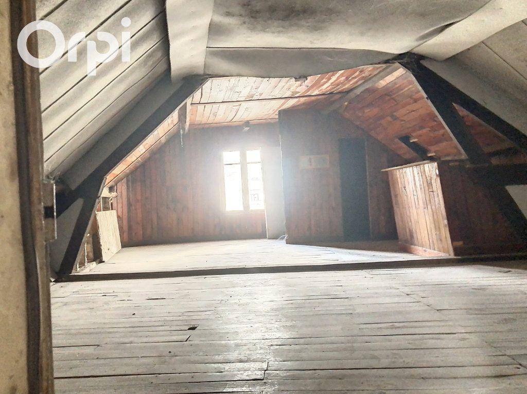 Immeuble à vendre 0 193m2 à Salbris vignette-4