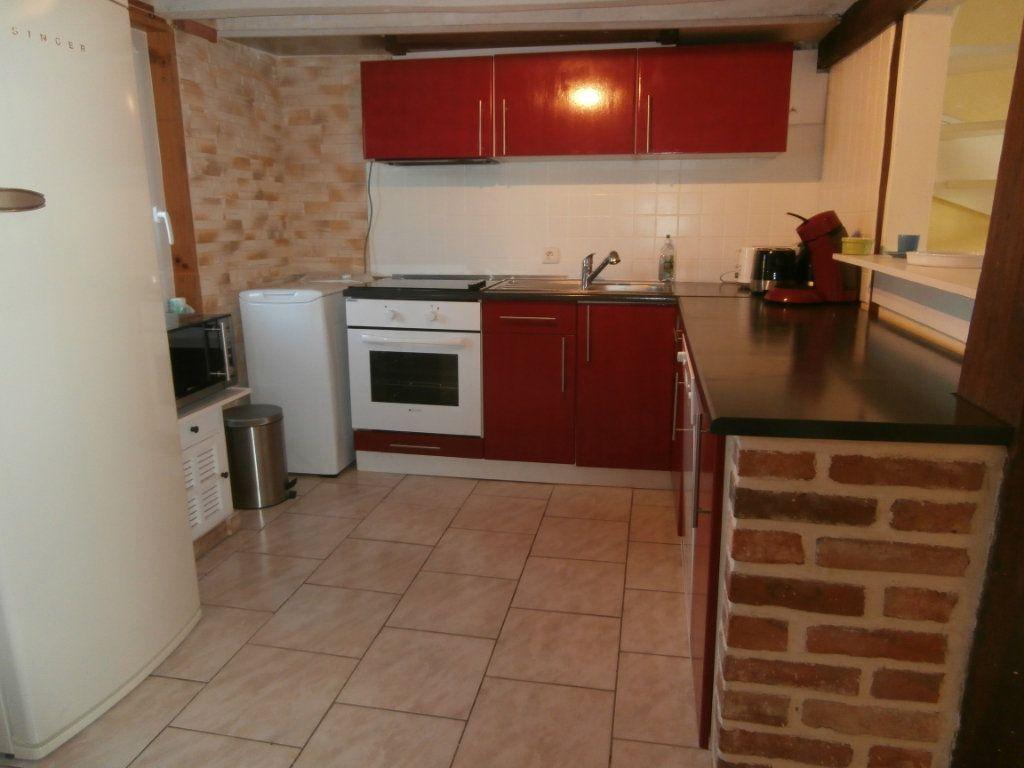 Maison à vendre 6 137m2 à La Ferté-Beauharnais vignette-2