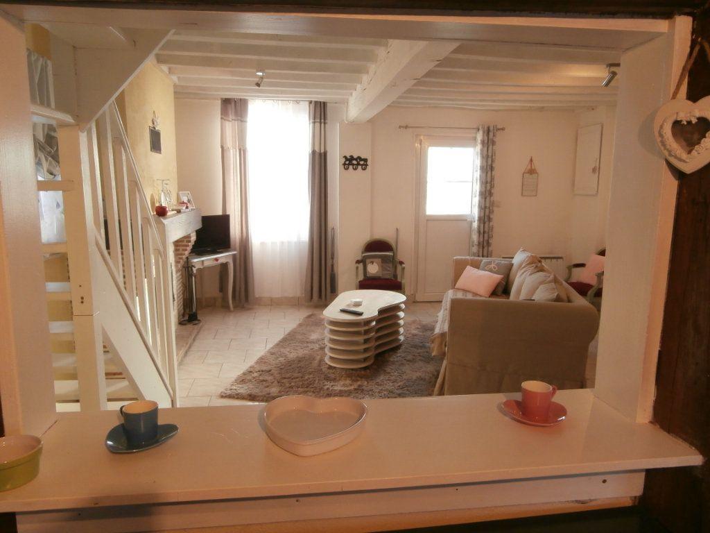 Maison à vendre 6 137m2 à La Ferté-Beauharnais vignette-3