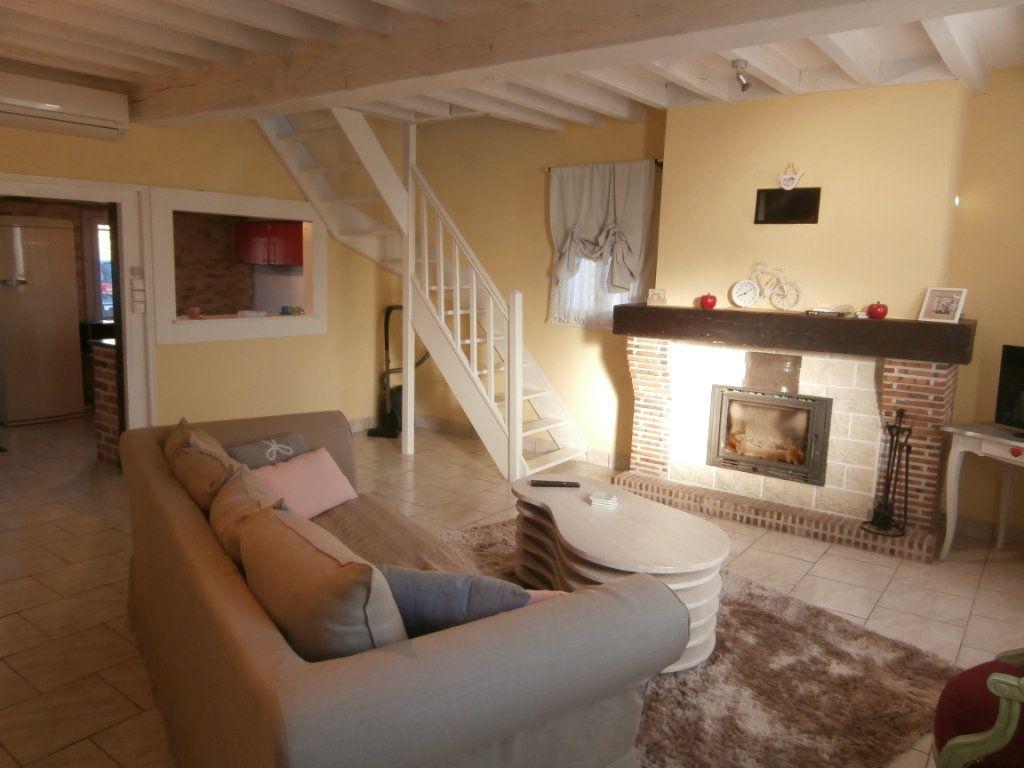 Maison à vendre 6 137m2 à La Ferté-Beauharnais vignette-6