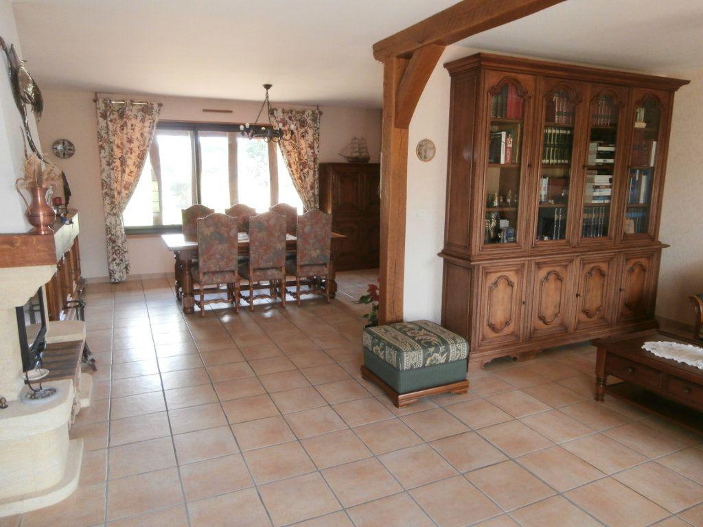 Maison à vendre 5 135m2 à Neung-sur-Beuvron vignette-3