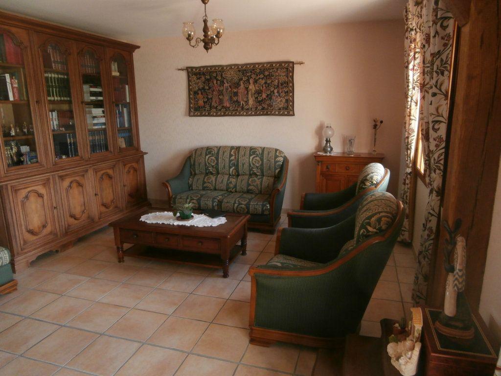 Maison à vendre 5 135m2 à Neung-sur-Beuvron vignette-5