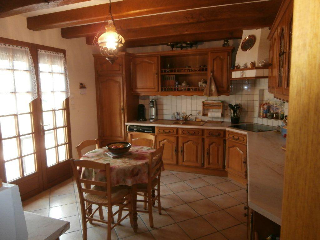 Maison à vendre 5 135m2 à Neung-sur-Beuvron vignette-6