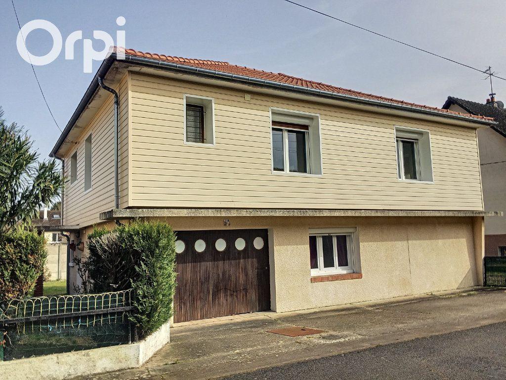 Maison à vendre 5 122m2 à Salbris vignette-11