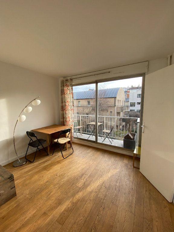 Appartement à louer 1 25m2 à Paris 12 vignette-1