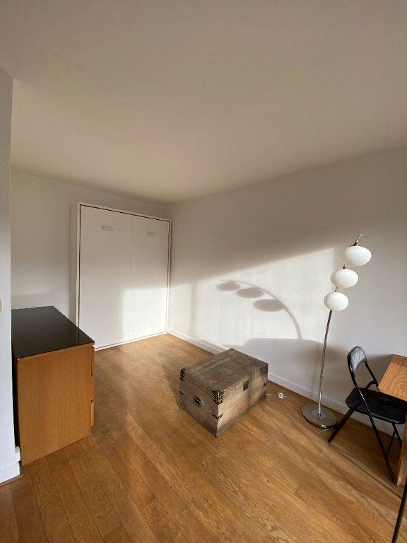 Appartement à louer 1 25m2 à Paris 12 vignette-4