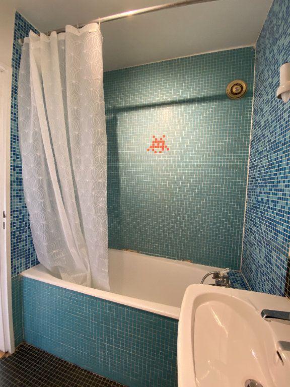 Appartement à louer 1 25m2 à Paris 12 vignette-6