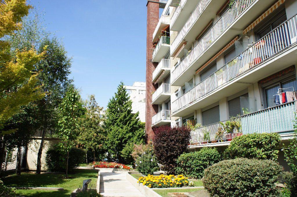 Appartement à louer 1 25m2 à Paris 12 vignette-7