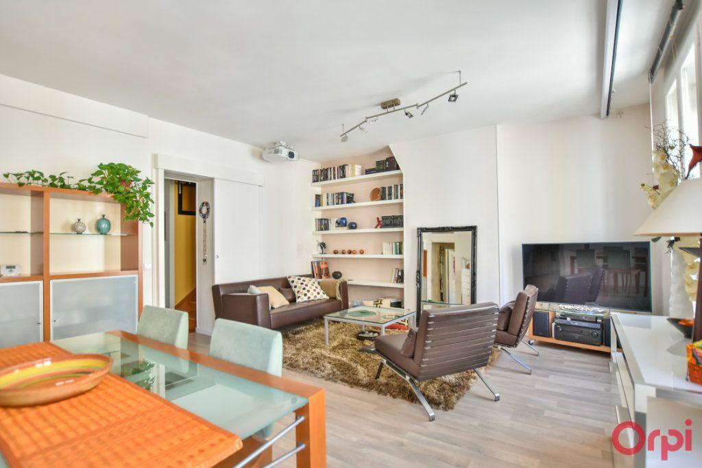 Appartement à vendre 5 96.04m2 à Paris 12 vignette-3