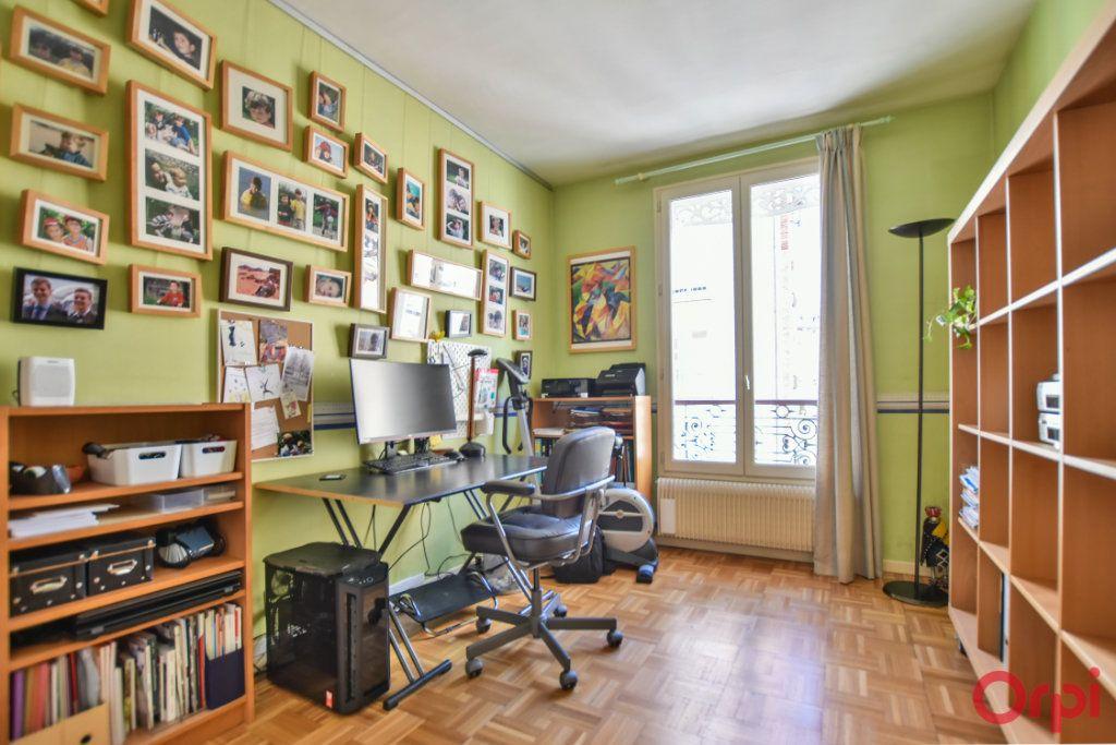 Appartement à vendre 5 96.04m2 à Paris 12 vignette-8