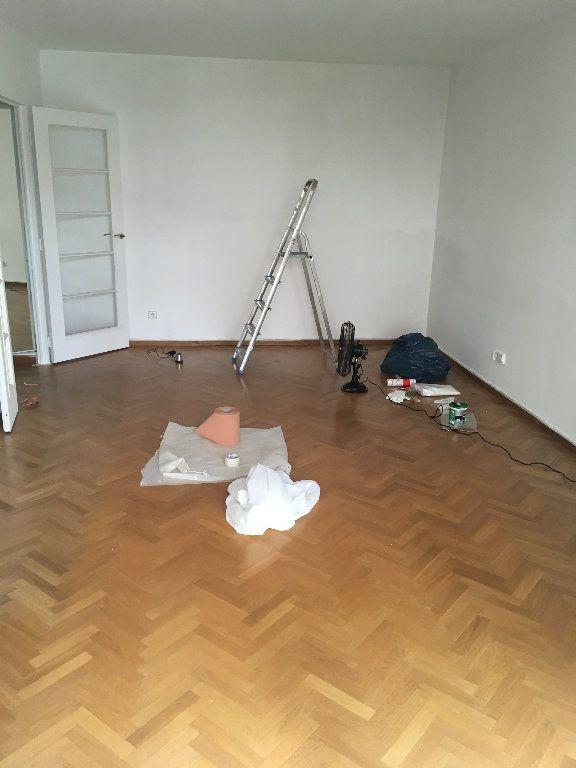 Appartement à louer 3 60m2 à Paris 12 vignette-7