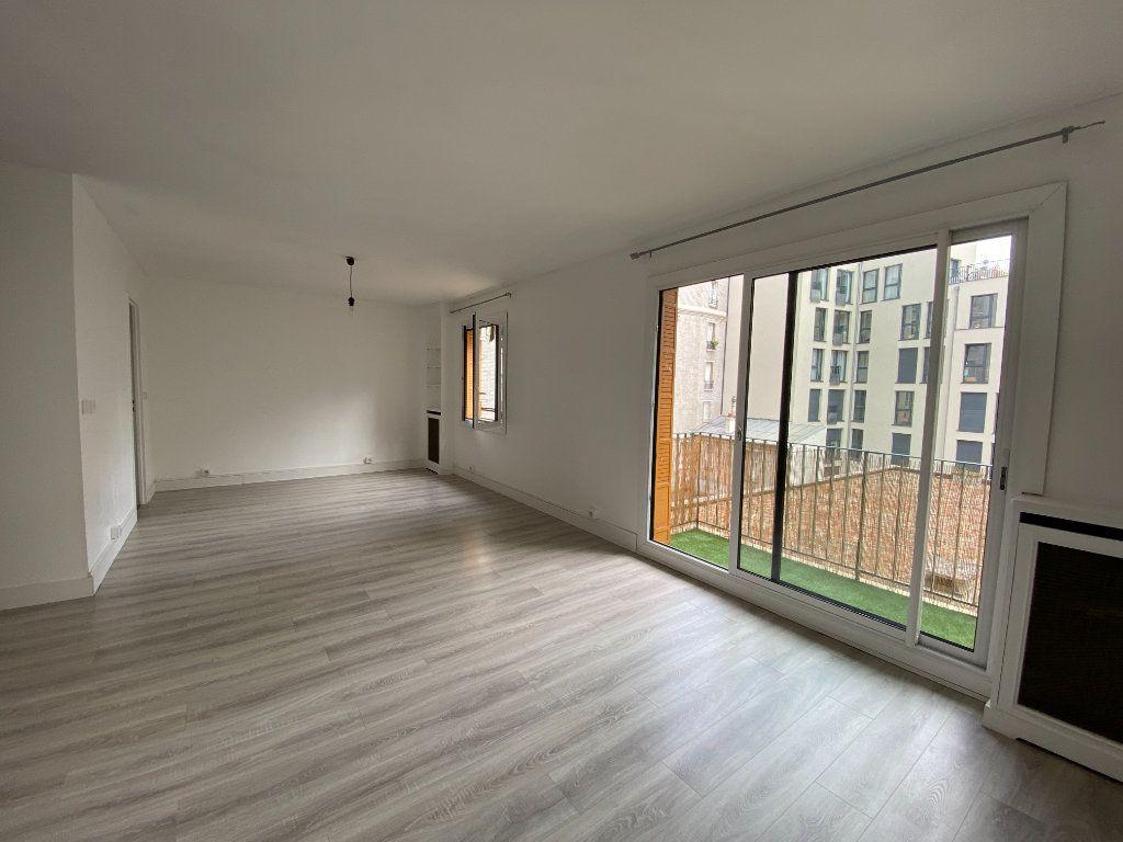 Appartement à louer 2 62m2 à Paris 12 vignette-1
