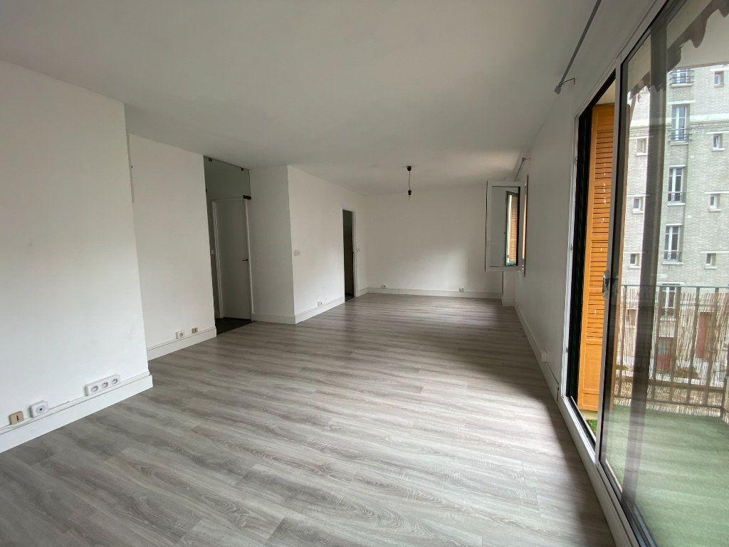 Appartement à louer 2 62m2 à Paris 12 vignette-2