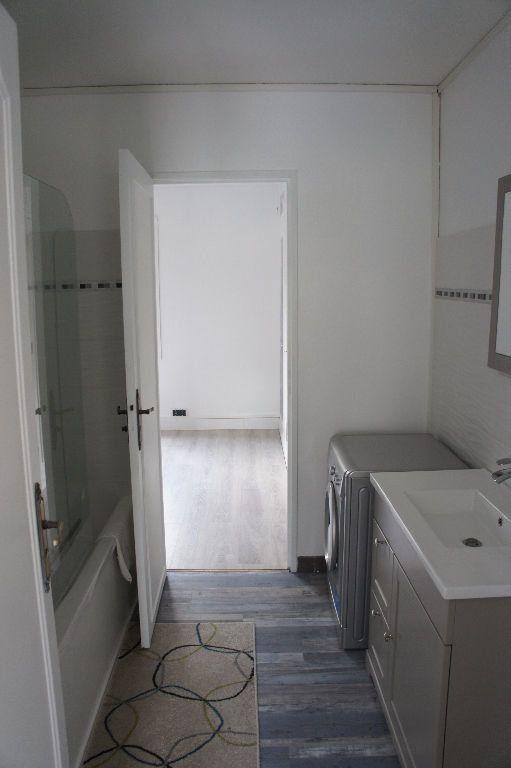 Appartement à louer 3 62m2 à Paris 12 vignette-5