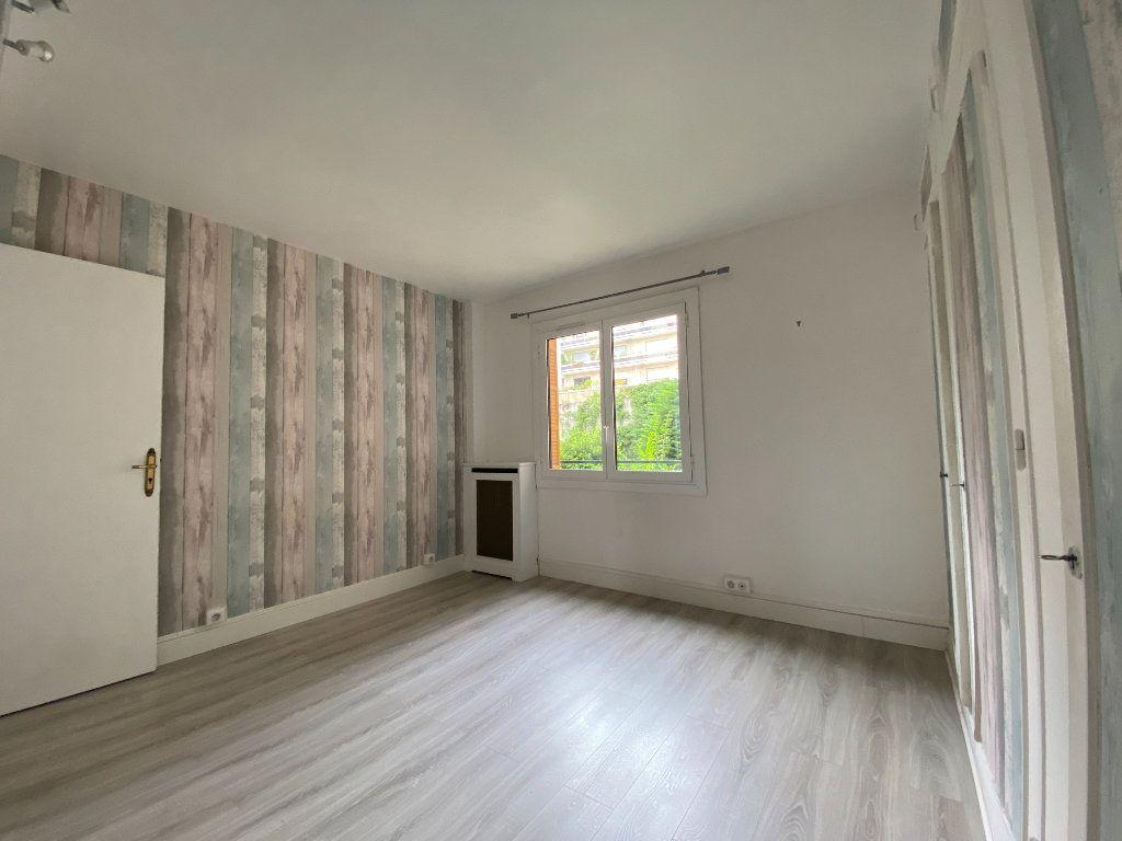 Appartement à louer 2 62m2 à Paris 12 vignette-6