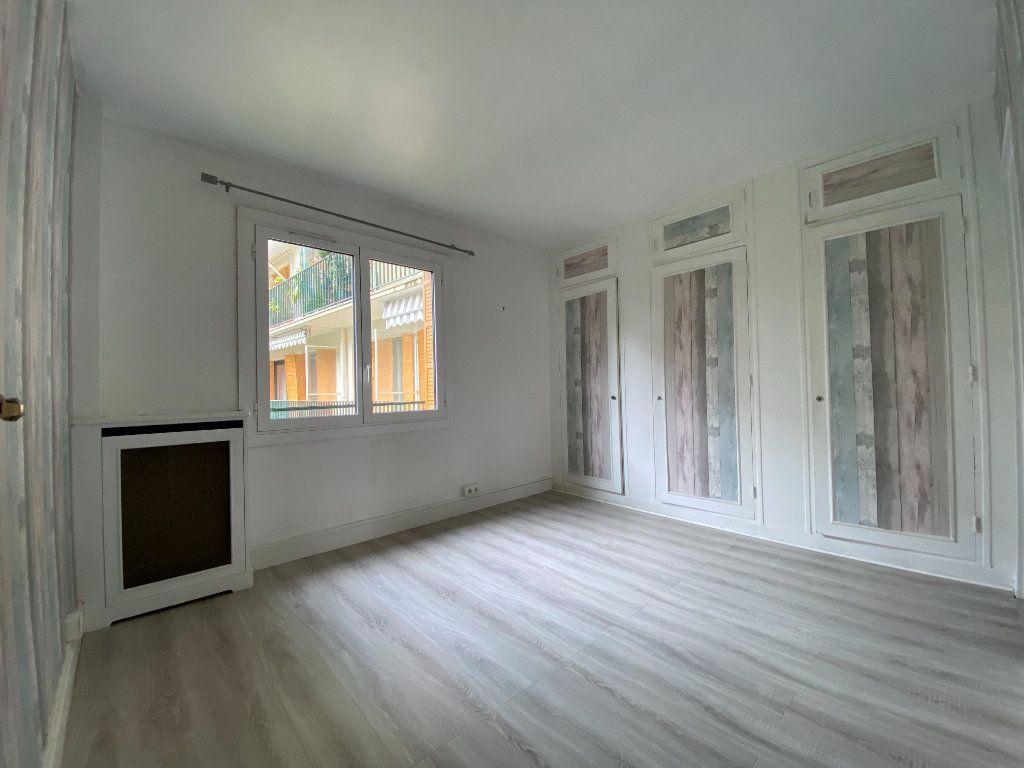 Appartement à louer 2 62m2 à Paris 12 vignette-7