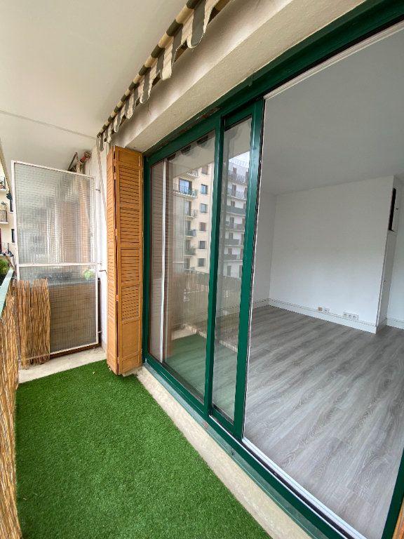 Appartement à louer 2 62m2 à Paris 12 vignette-9