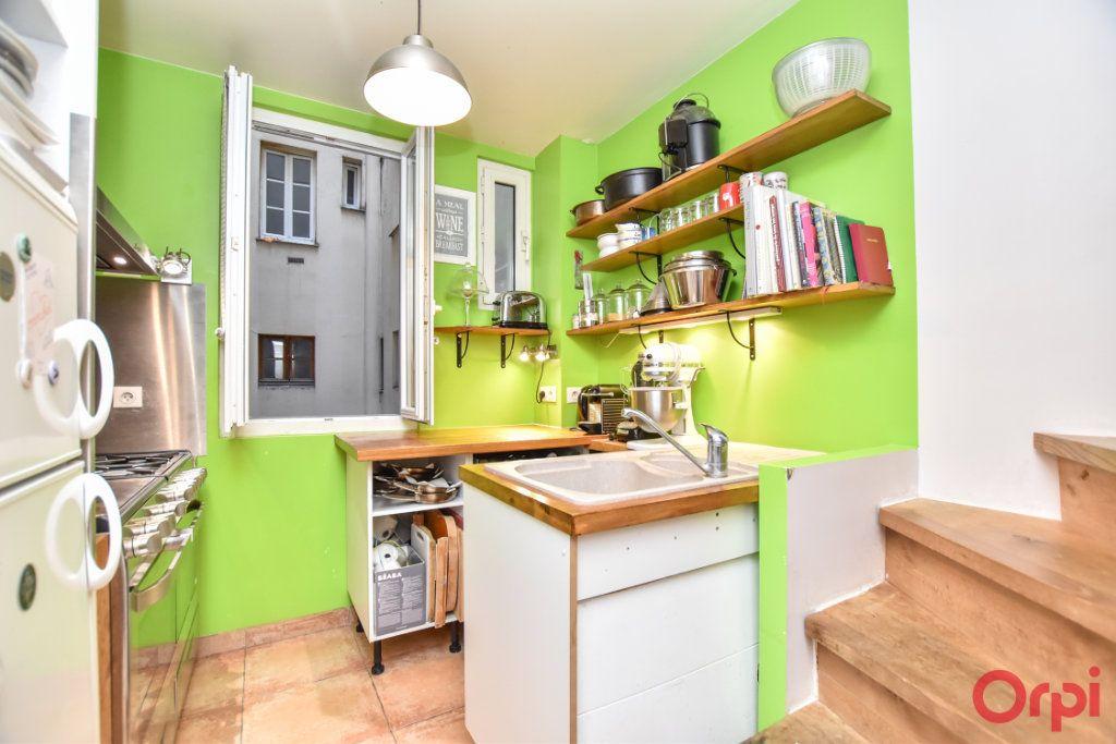 Appartement à vendre 3 49.42m2 à Paris 12 vignette-3