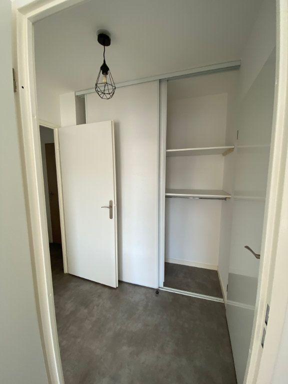 Appartement à louer 3 63m2 à Romainville vignette-7