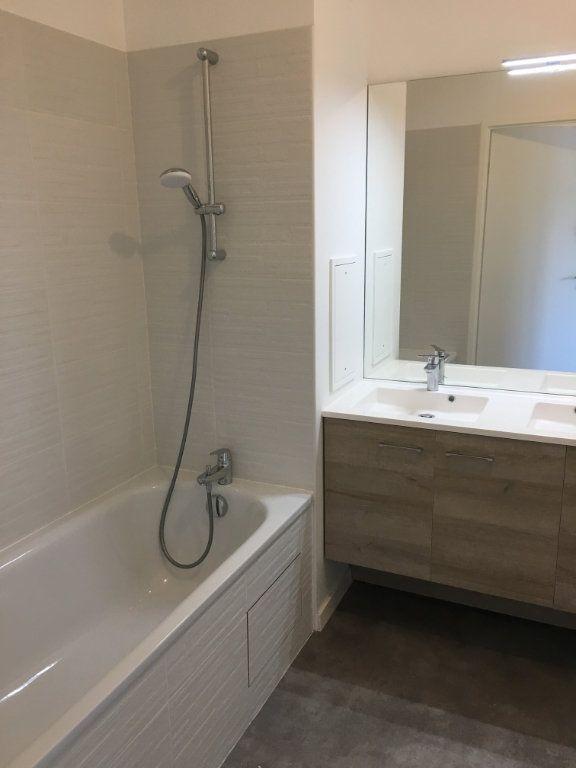 Appartement à louer 3 63m2 à Romainville vignette-8