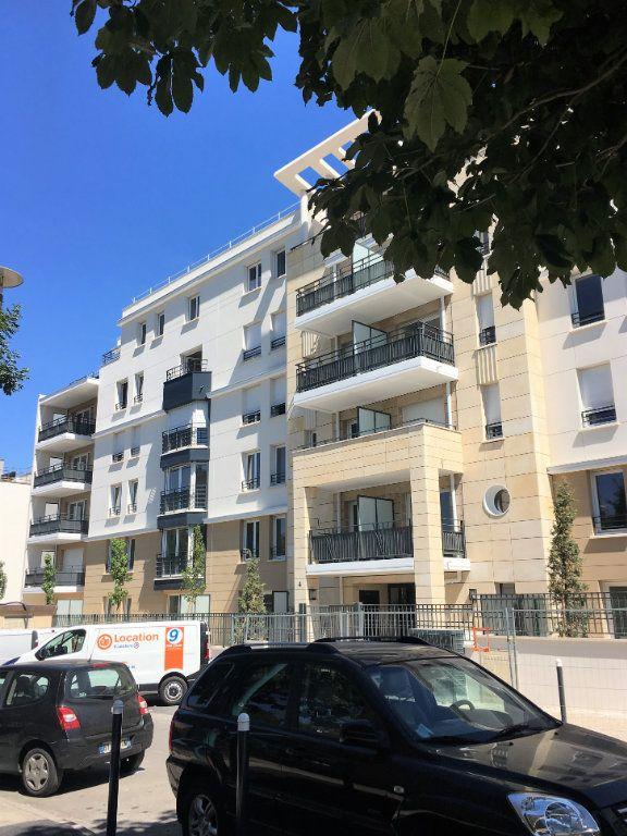 Appartement à louer 3 63m2 à Romainville vignette-10
