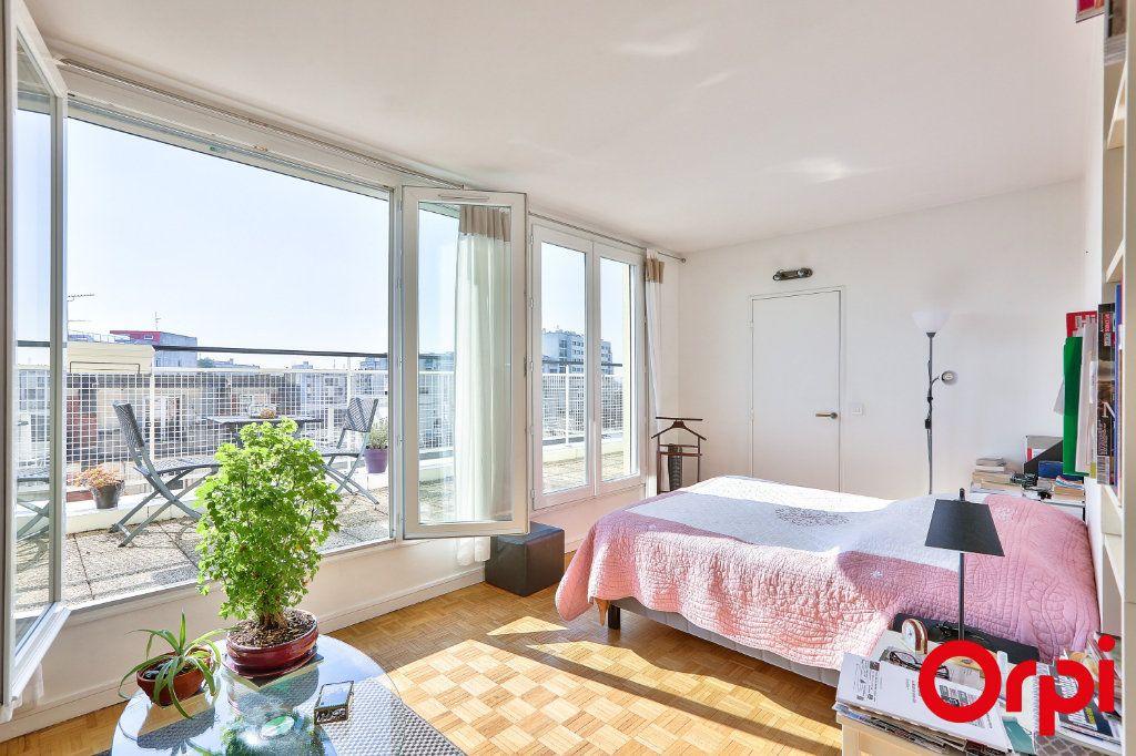 Appartement à louer 1 33m2 à Paris 12 vignette-1