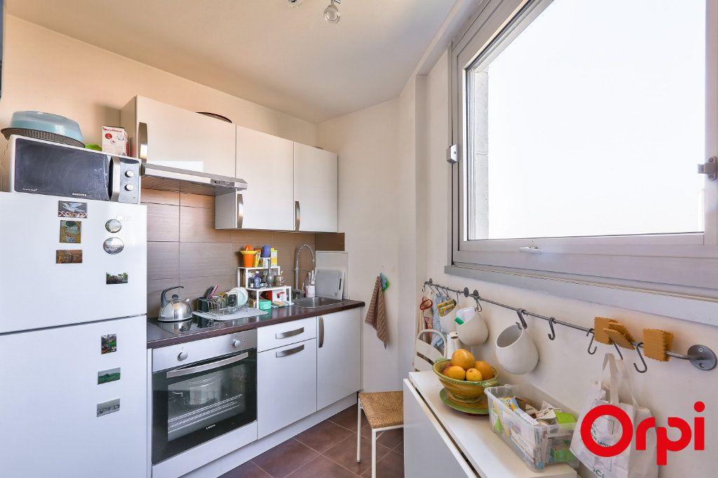 Appartement à louer 1 33m2 à Paris 12 vignette-5