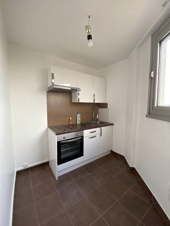Appartement à louer 1 33m2 à Paris 12 vignette-6