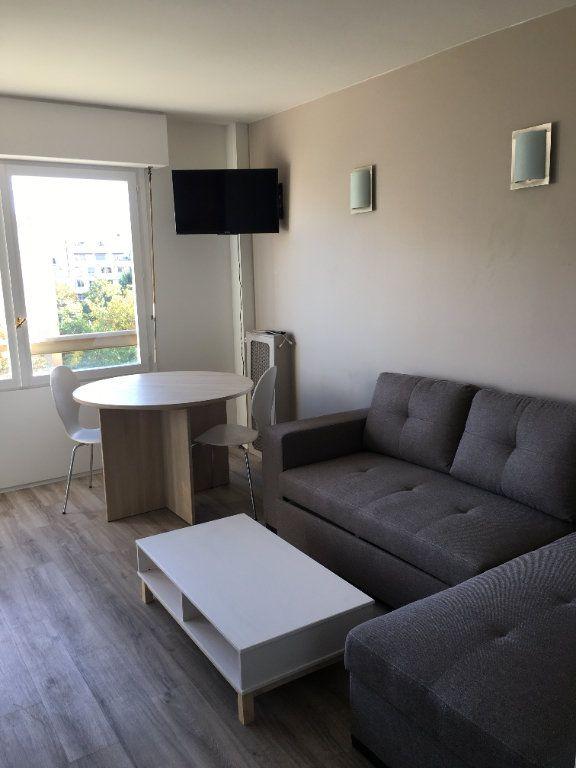 Appartement à louer 1 25.52m2 à Paris 12 vignette-1