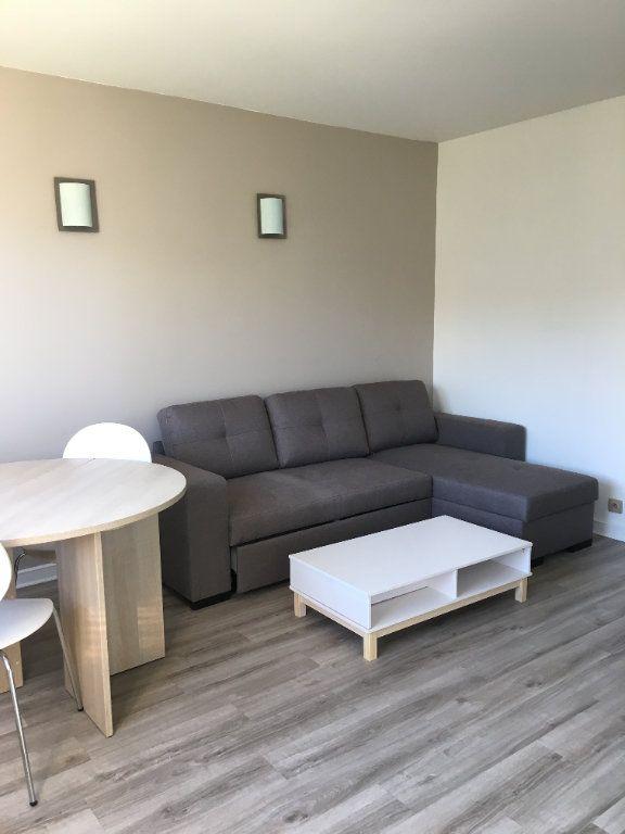 Appartement à louer 1 25.52m2 à Paris 12 vignette-2