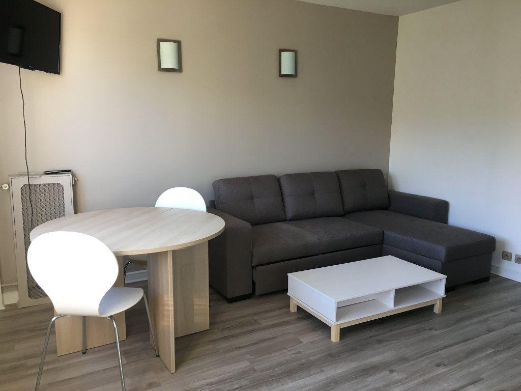 Appartement à louer 1 25.52m2 à Paris 12 vignette-3