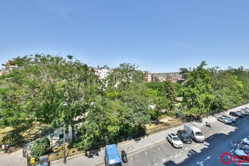 Appartement à vendre 4 81.6m2 à Paris 12 vignette-1