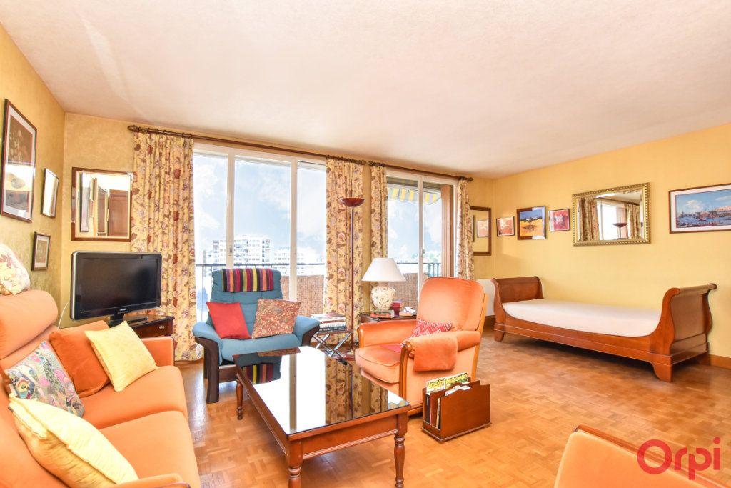 Appartement à vendre 3 61.16m2 à Paris 12 vignette-1