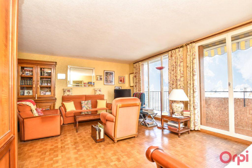 Appartement à vendre 3 61.16m2 à Paris 12 vignette-2