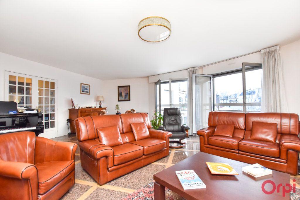 Appartement à vendre 5 127.72m2 à Paris 12 vignette-1